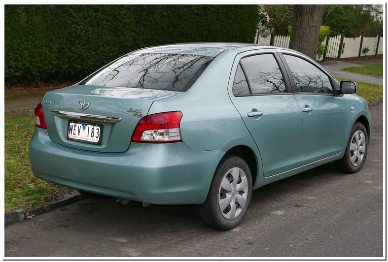 2007 Toyota Yaris Tire Size Sedan