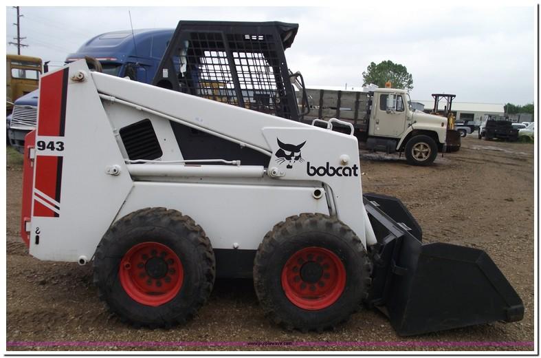 Bobcat 943 Specifications
