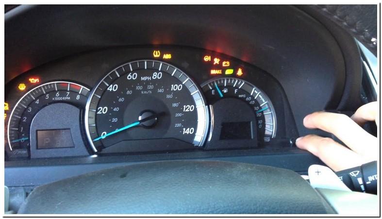 Reset Maintenance Light Toyota Camry 2012