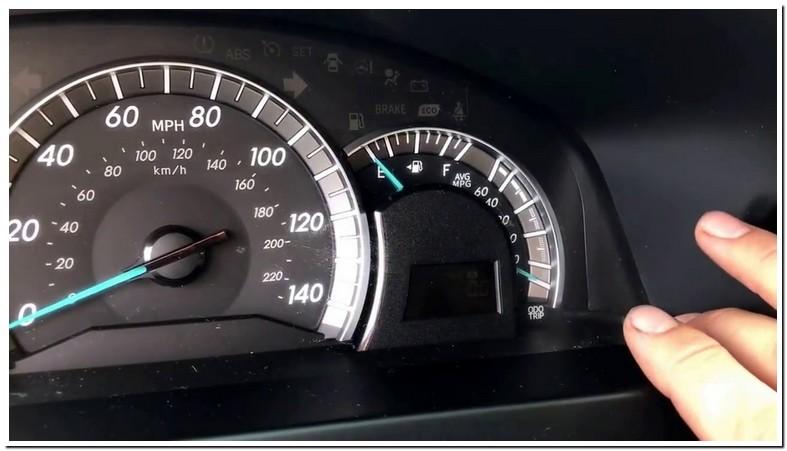Reset Maintenance Required Toyota Camry 2014