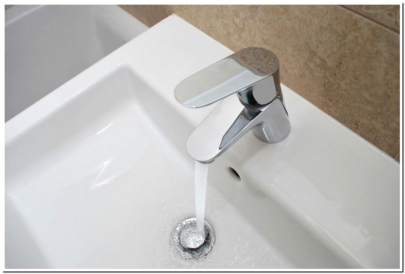Sink Backs Up Into Tub