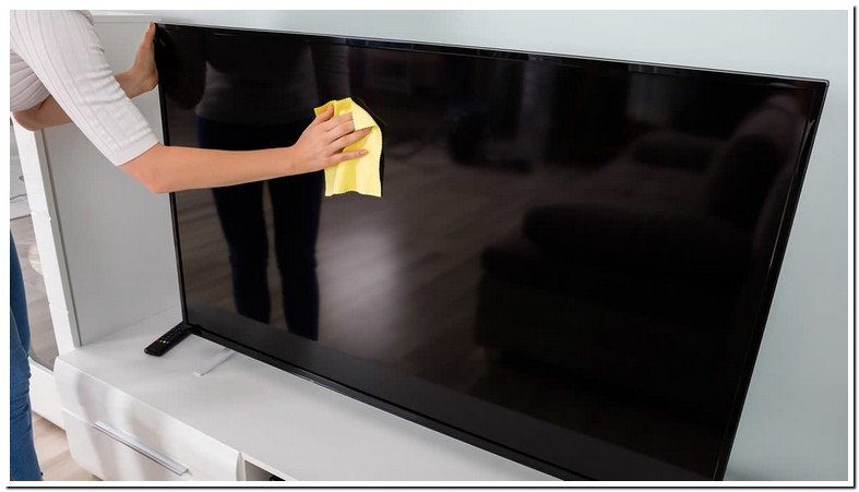 What Can I Use To Clean Off My Flat Screen Tv